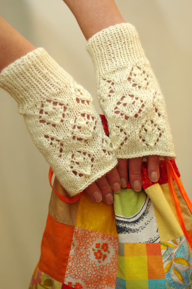 gloves12b