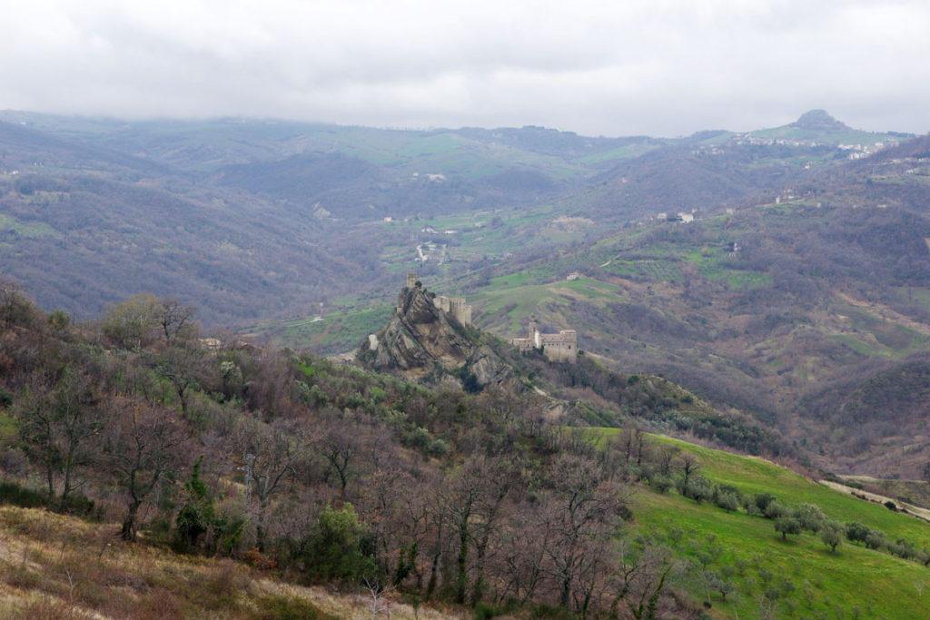 Roccascalegna.